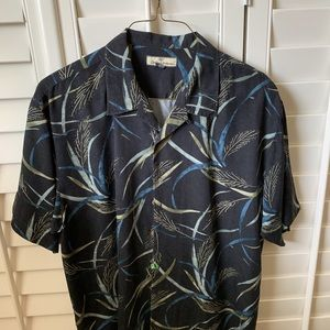 Tommy Bahama Button down short sleeve